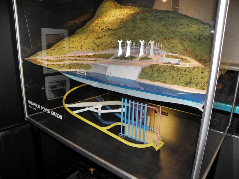 Doubtful Sound, Day Tour Manapouri Power Station