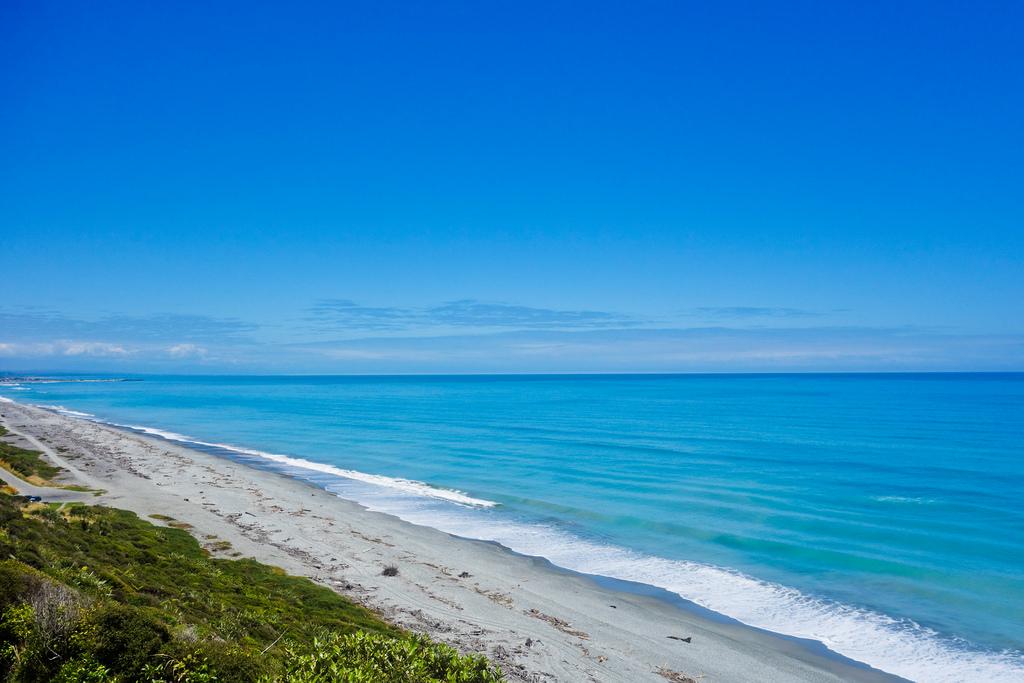 15 Day Grand Traverse Adventure Tour - Coastline, Photographer: Megan Simpson